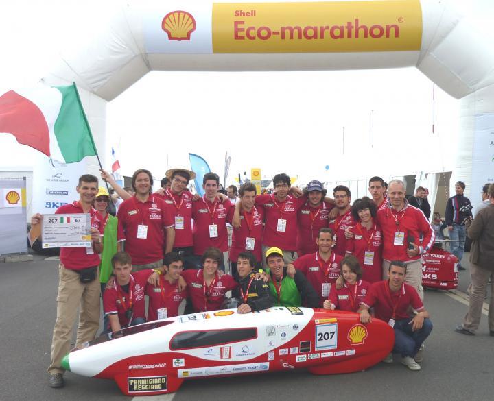 TEAM ZERO C 2011